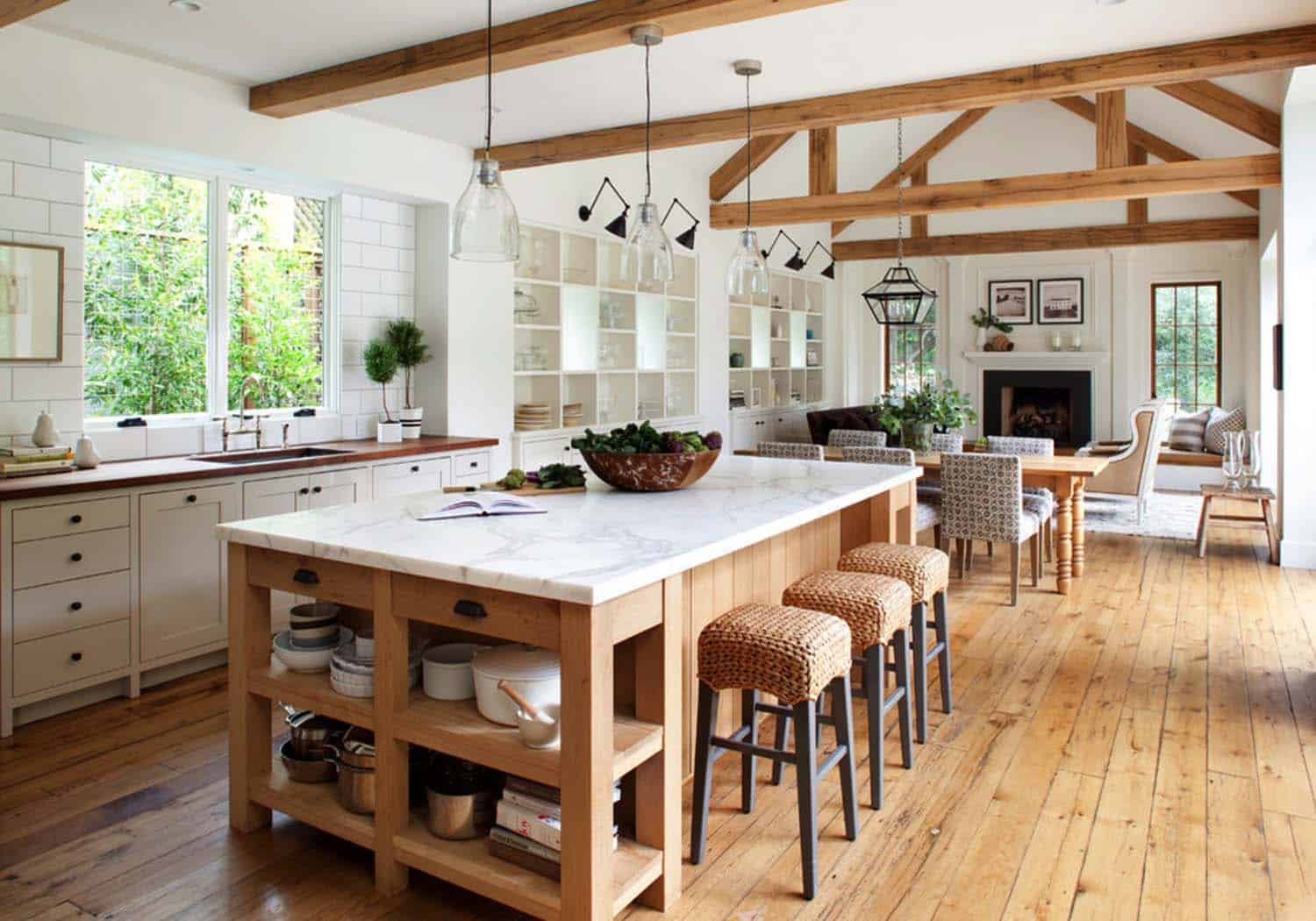 modern-mill-valley-farmhouse-ken-linsteadt-architects-04-1-kindesign