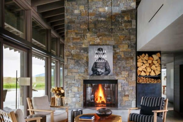featured posts image for Montana ranch house embraces its striking river valley location