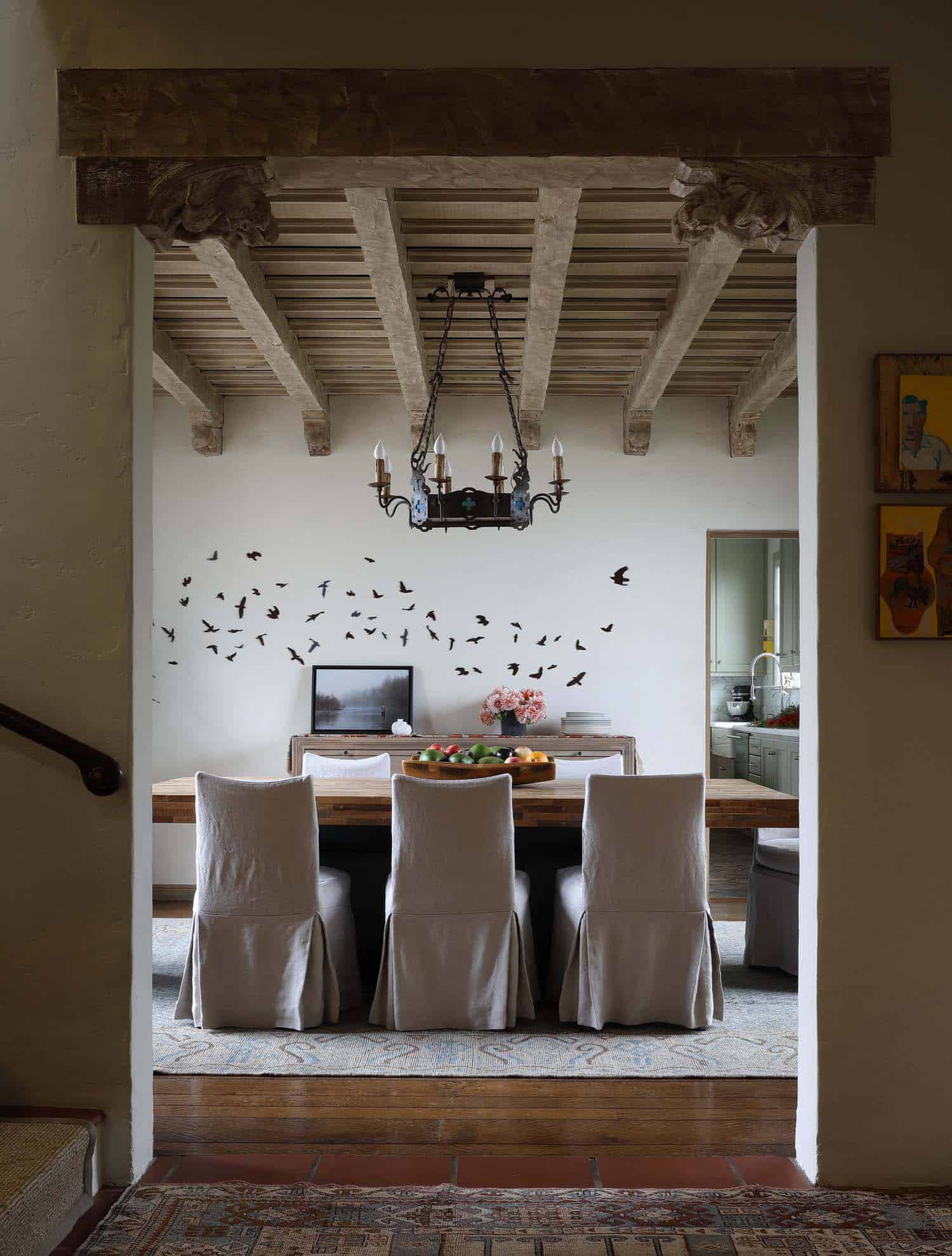 Spanish Colonial House-Maria Haidamus-08-1 Kindesign