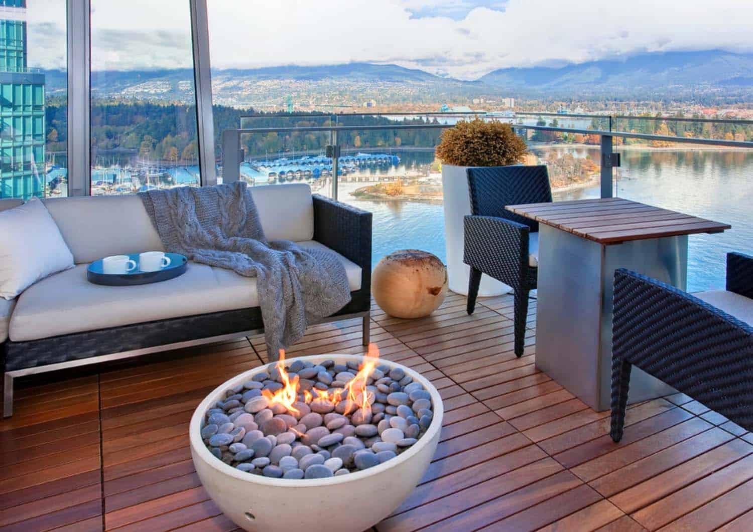 Contemporary Deck Ideas-Fire Features-08-1 Kindesign