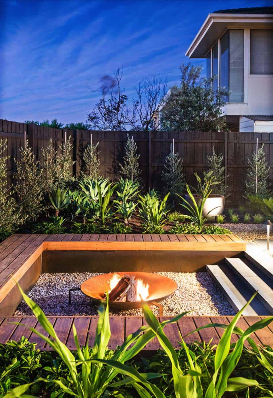 Contemporary Deck Ideas-Fire Features-29-1 Kindesign