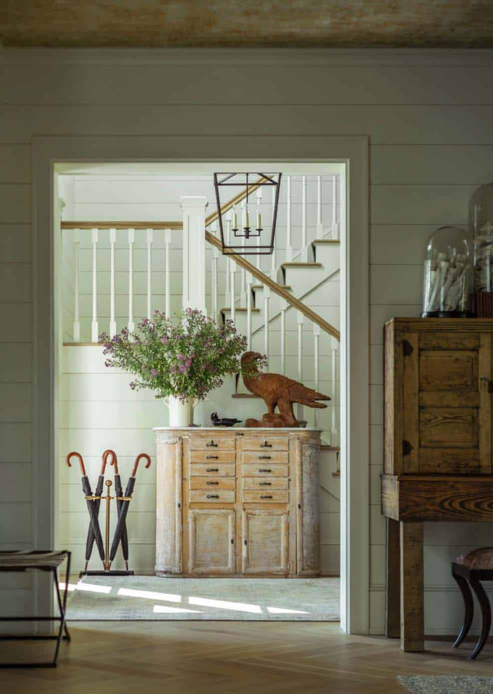 Traditional farmhouse style dwelling in vermont with a modern twist - What is farmhouse style ...