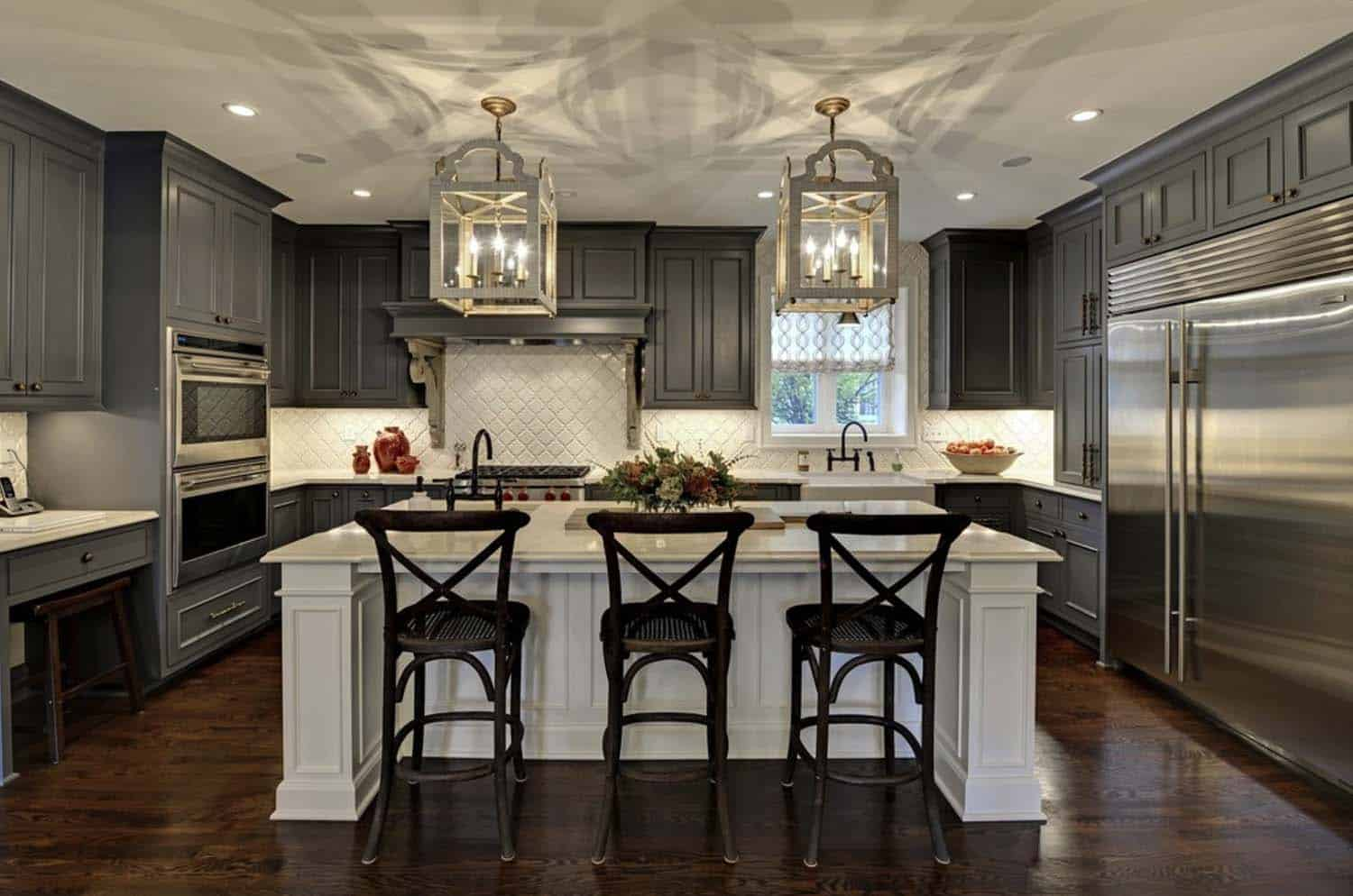 25 dream kitchen islands that are utterly drool worthy for Dream kitchens