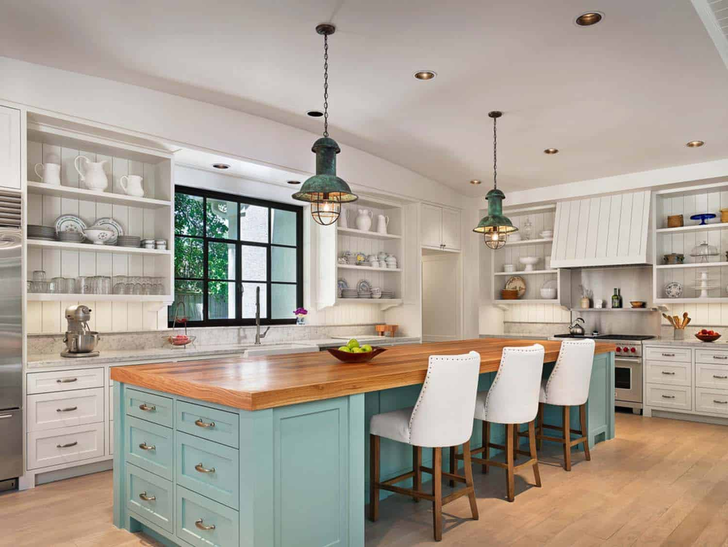 Dream Kitchen Islands 26 1 Kindesign