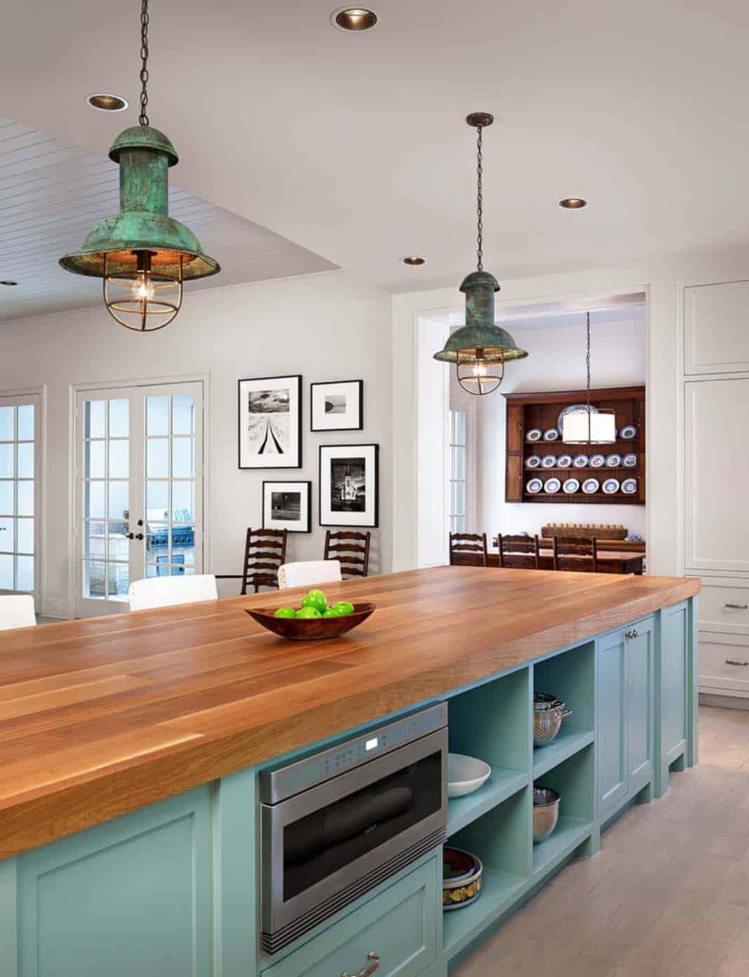 Farmhouse Style Home-Dillon Kyle Architects-06-1 Kindesign