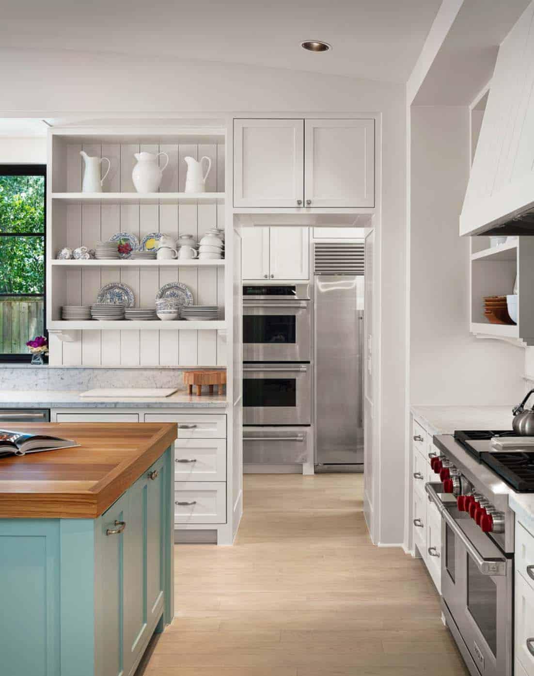 Farmhouse Style Home-Dillon Kyle Architects-07-1 Kindesign