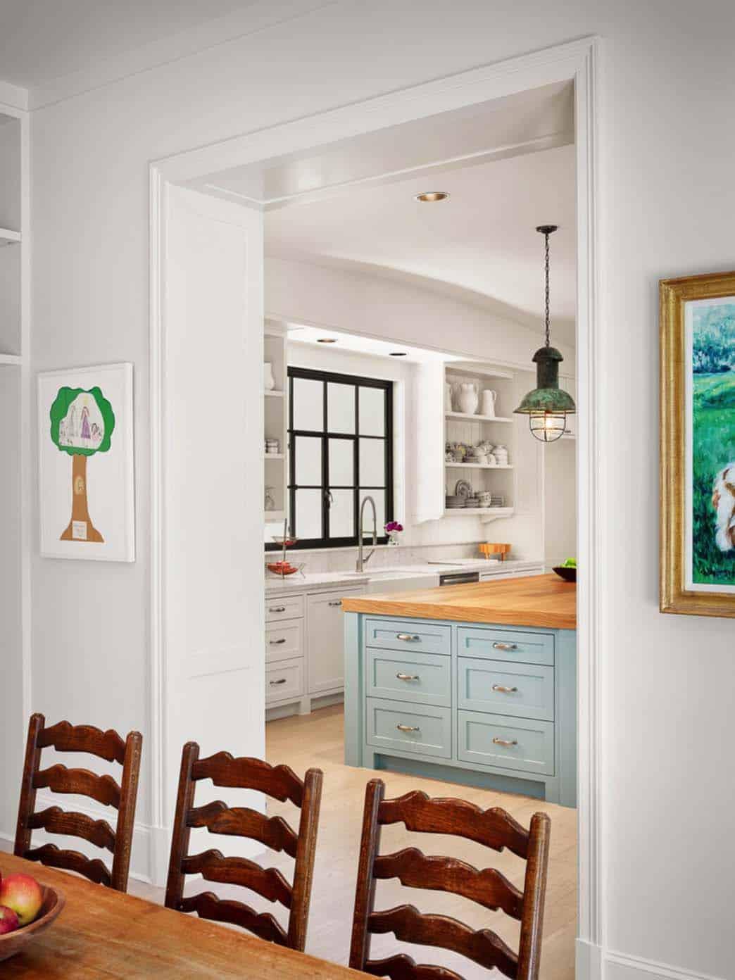Farmhouse Style Home-Dillon Kyle Architects-09-1 Kindesign