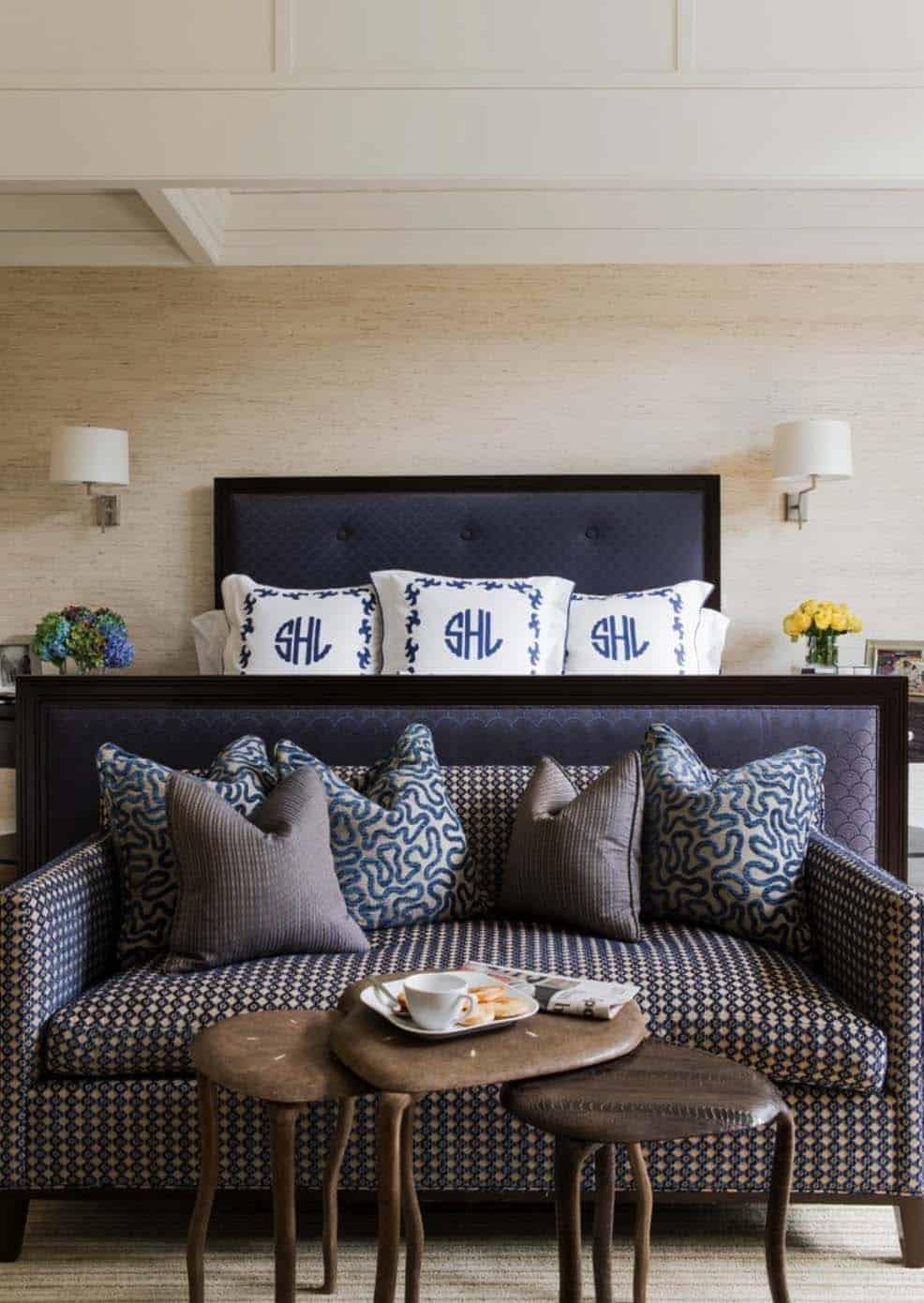 Hilltop Gambrel House-LDa Architecture-011-1 Kindesign