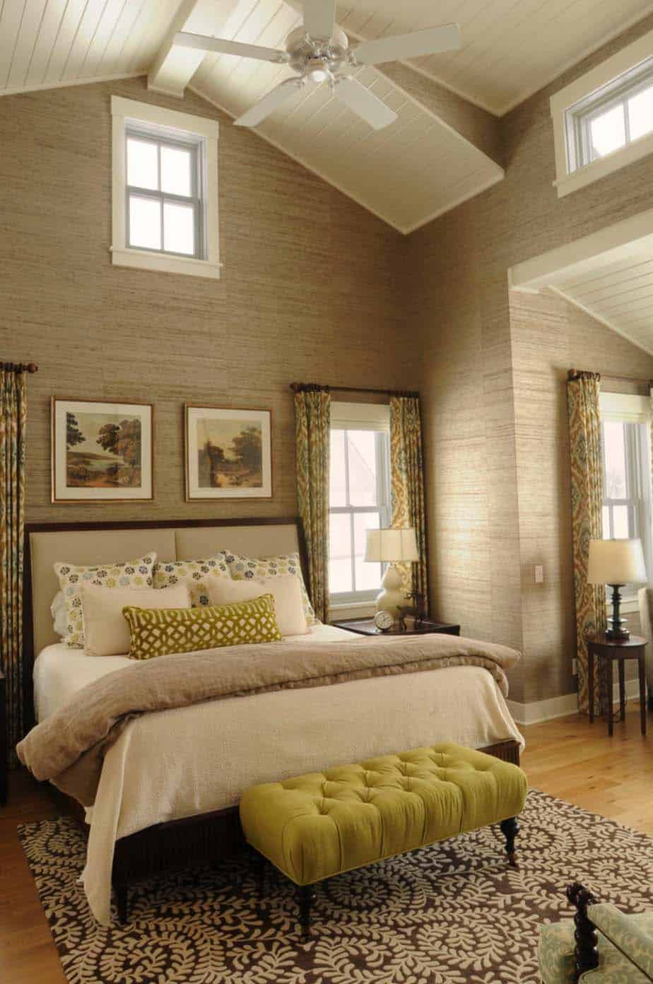 master bedroom ceiling design 33 stunning master bedroom retreats with vaulted ceilings 15998