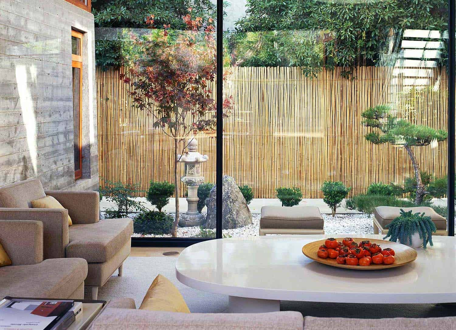 Modern Courtyard House-Jamie Bush-06-1 Kindesign