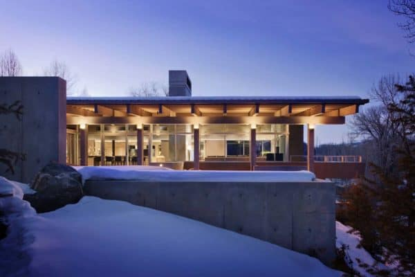 featured posts image for Serene shelter embraces natural beauty of the Northern Rocky Mountains