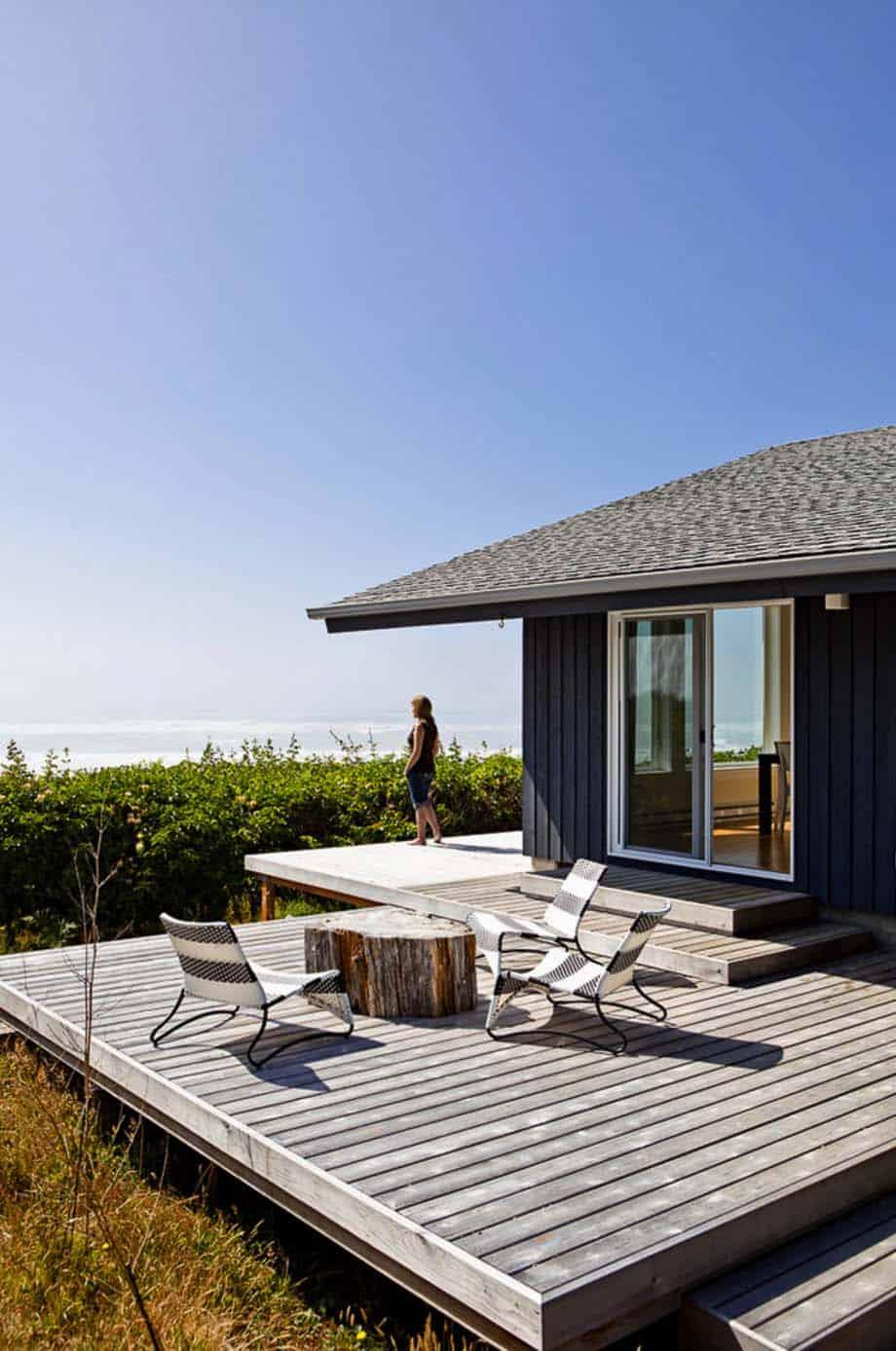 Amazing Beach Style Deck Ideas-18-1 Kindesign