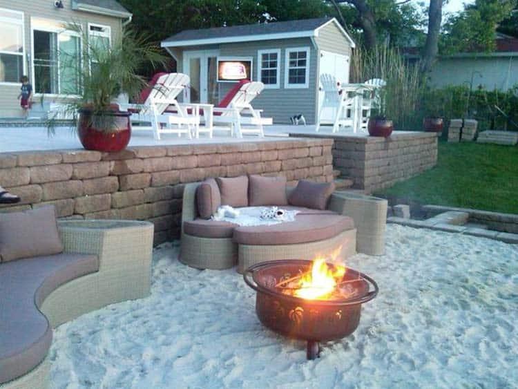 Amazing Beach Style Deck Ideas-37-1 Kindesign