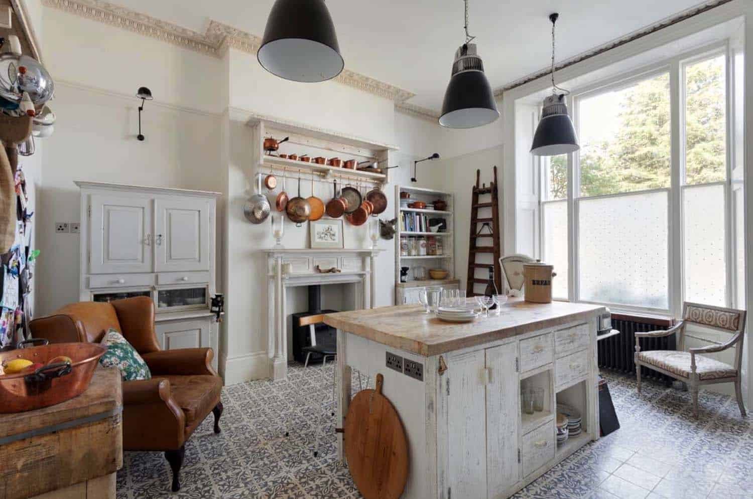 Amazing Country Chic Kitchens-20-1 Kindesign