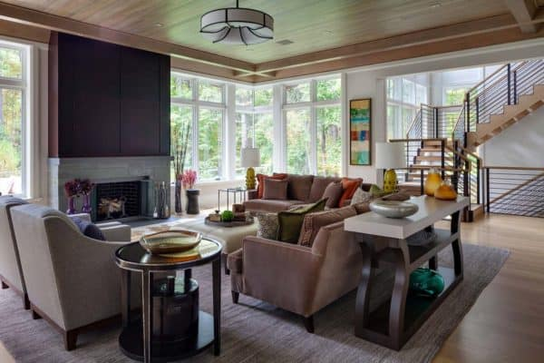 featured posts image for Classic New England style home with modern design elements