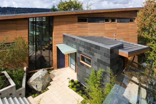 featured posts image for Spectacular light filled lake house overlooking Lake Washington
