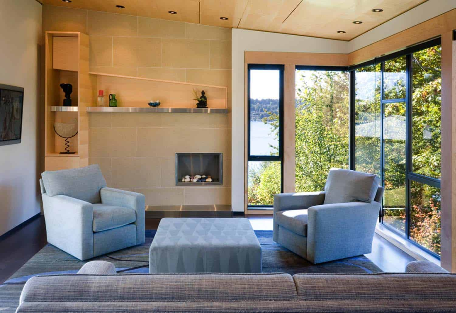 Contemporary Lake Home-14-1 Kindesign