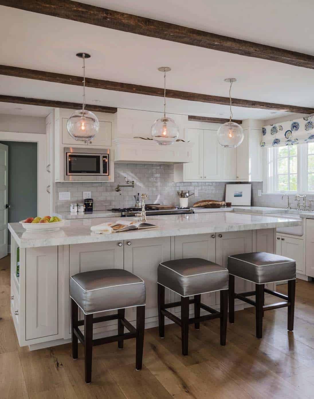 Farmhouse Style Home-Sellars Lathrop Architects-02-1 Kindesign