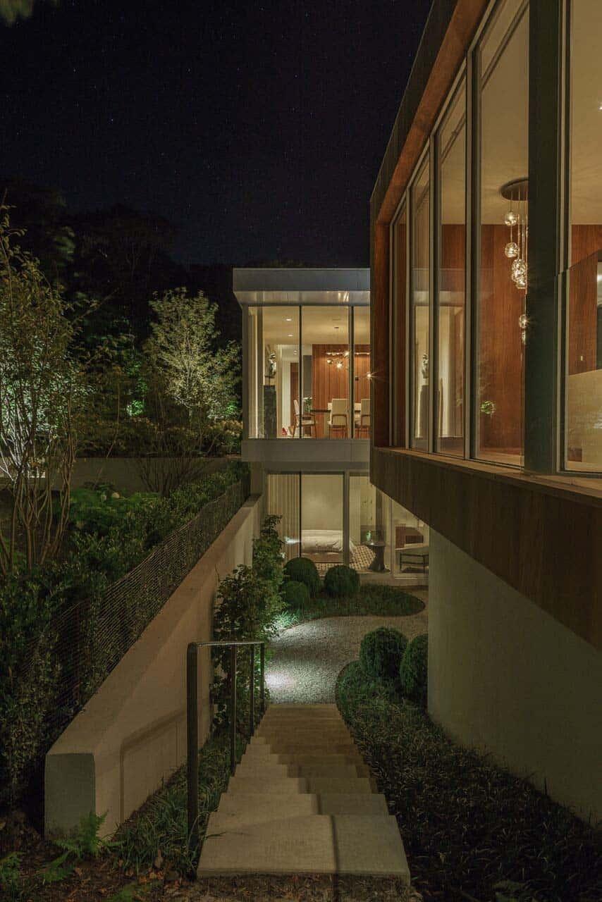 Modern Home Design-Blaze Makoid Architecture-18-1 Kindesign