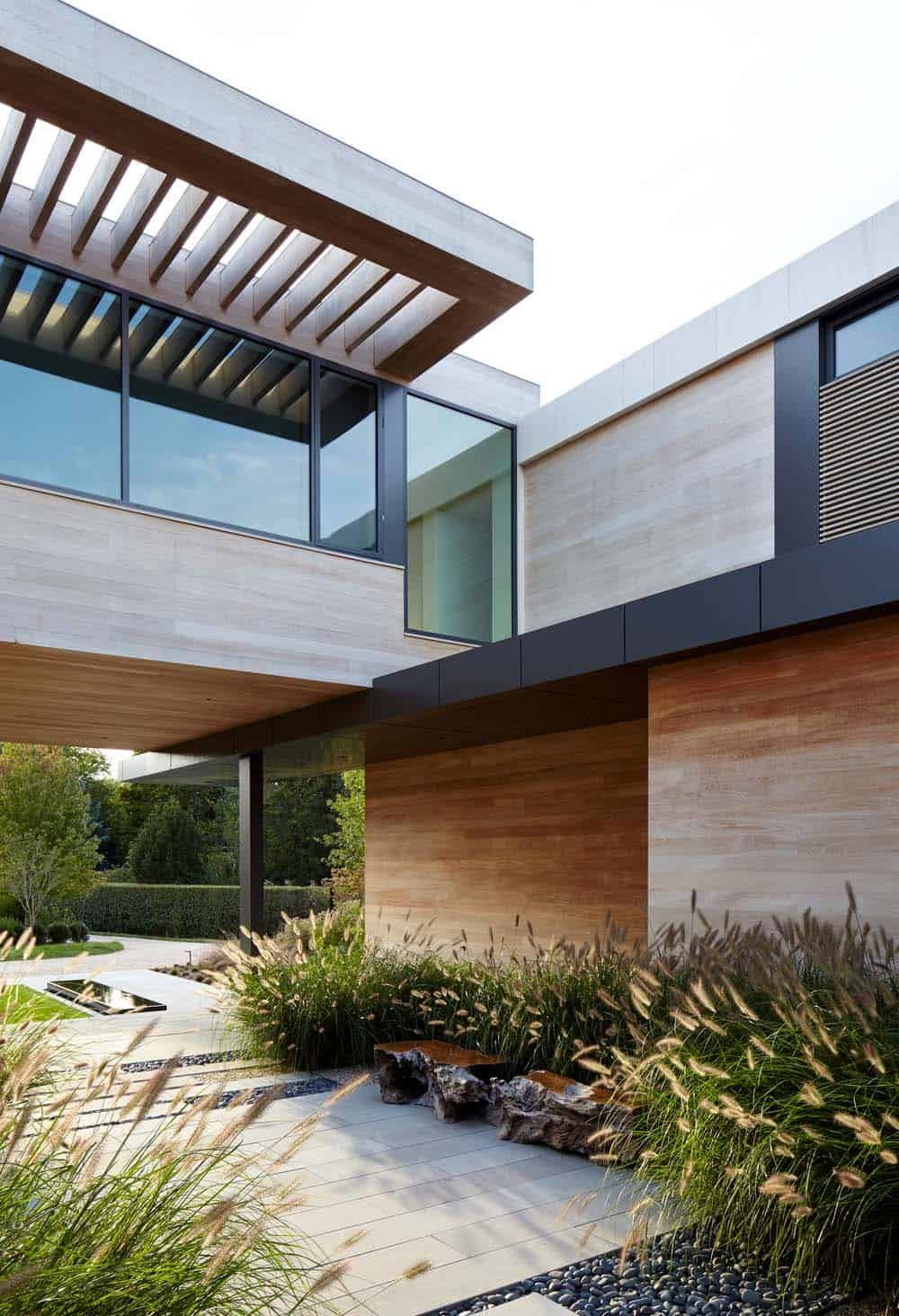 Modern Waterfront Property-Blaze Makoid Architecture-04-1 Kindesign