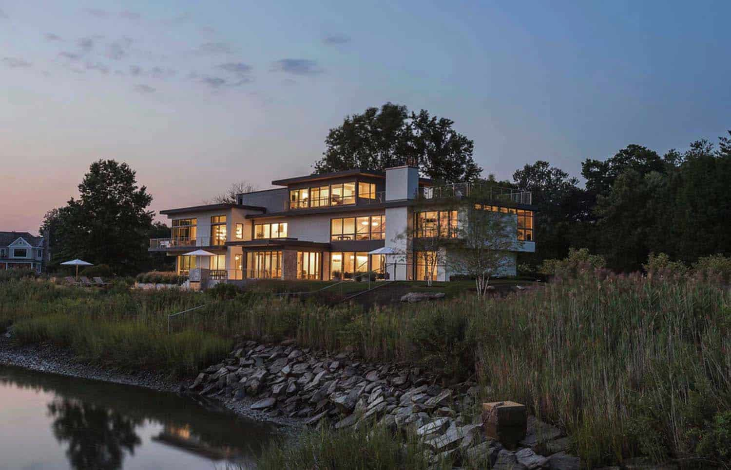 Modern Waterfront Property-Sellars Lathrop Architects-02-1 Kindesign