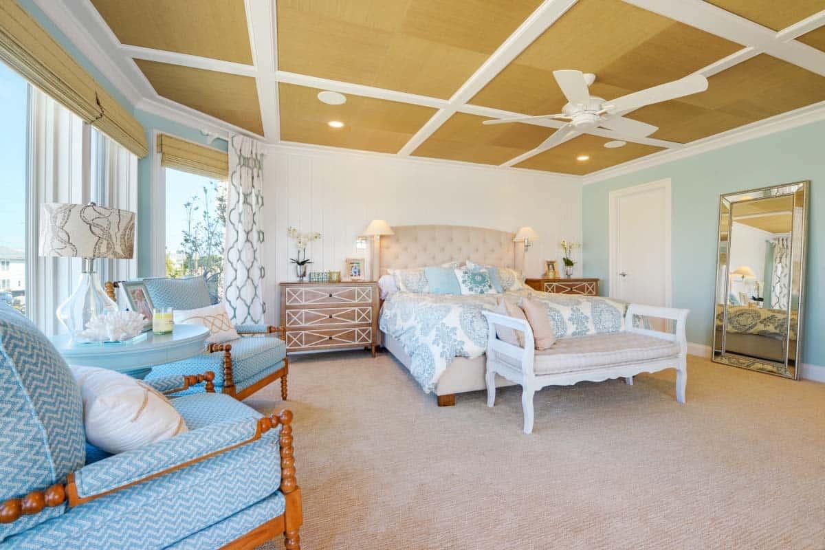 Beach House Design-Echelon Interiors-08-1 Kindesign