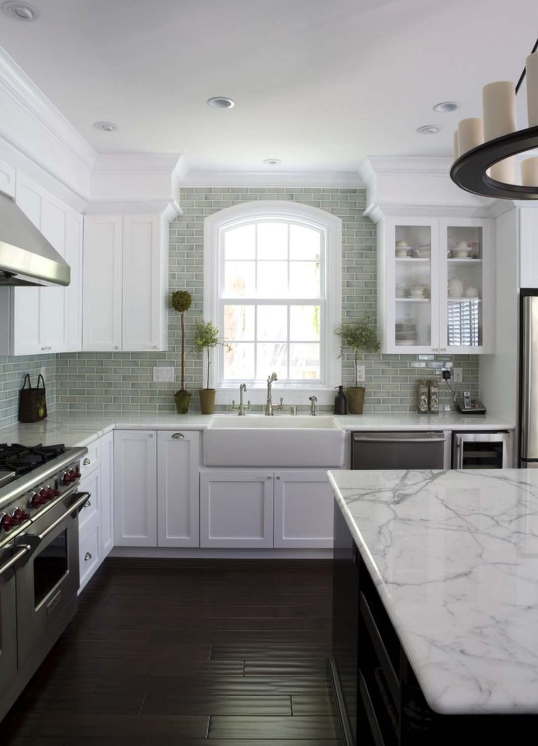 Breathtaking Carrara Marble Kitchens-03-1 Kindesign