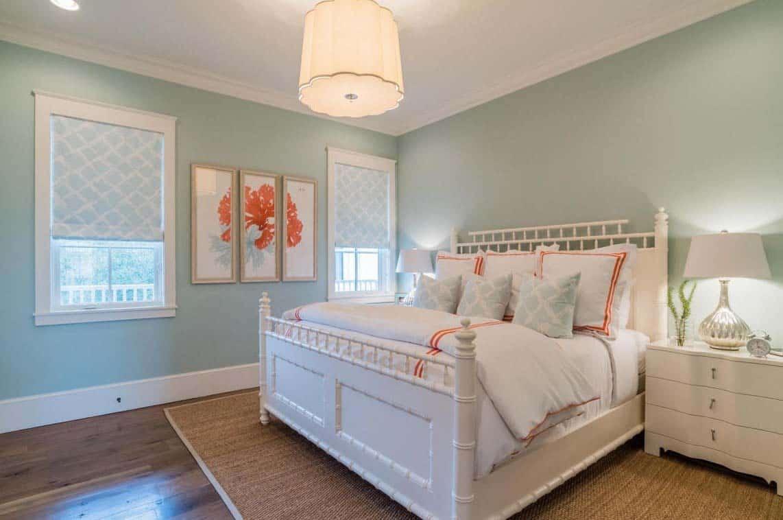 Cedar Shake Beach Home-20-1 Kindesign