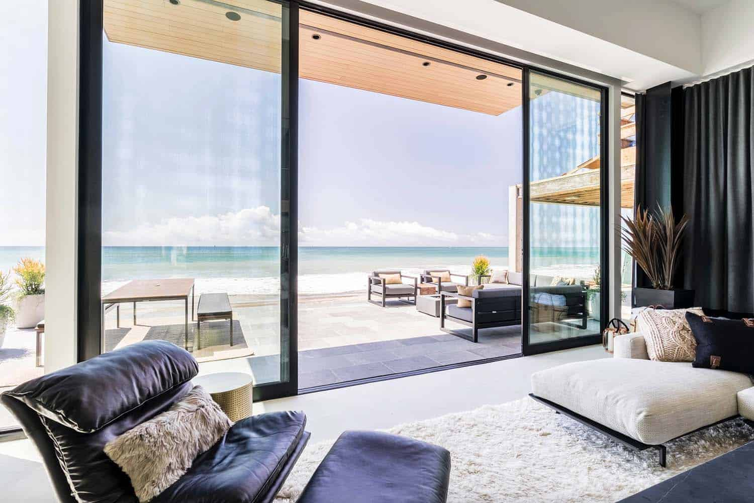 Contemporary Beach House-Brandon Architects-26-1 Kindesign