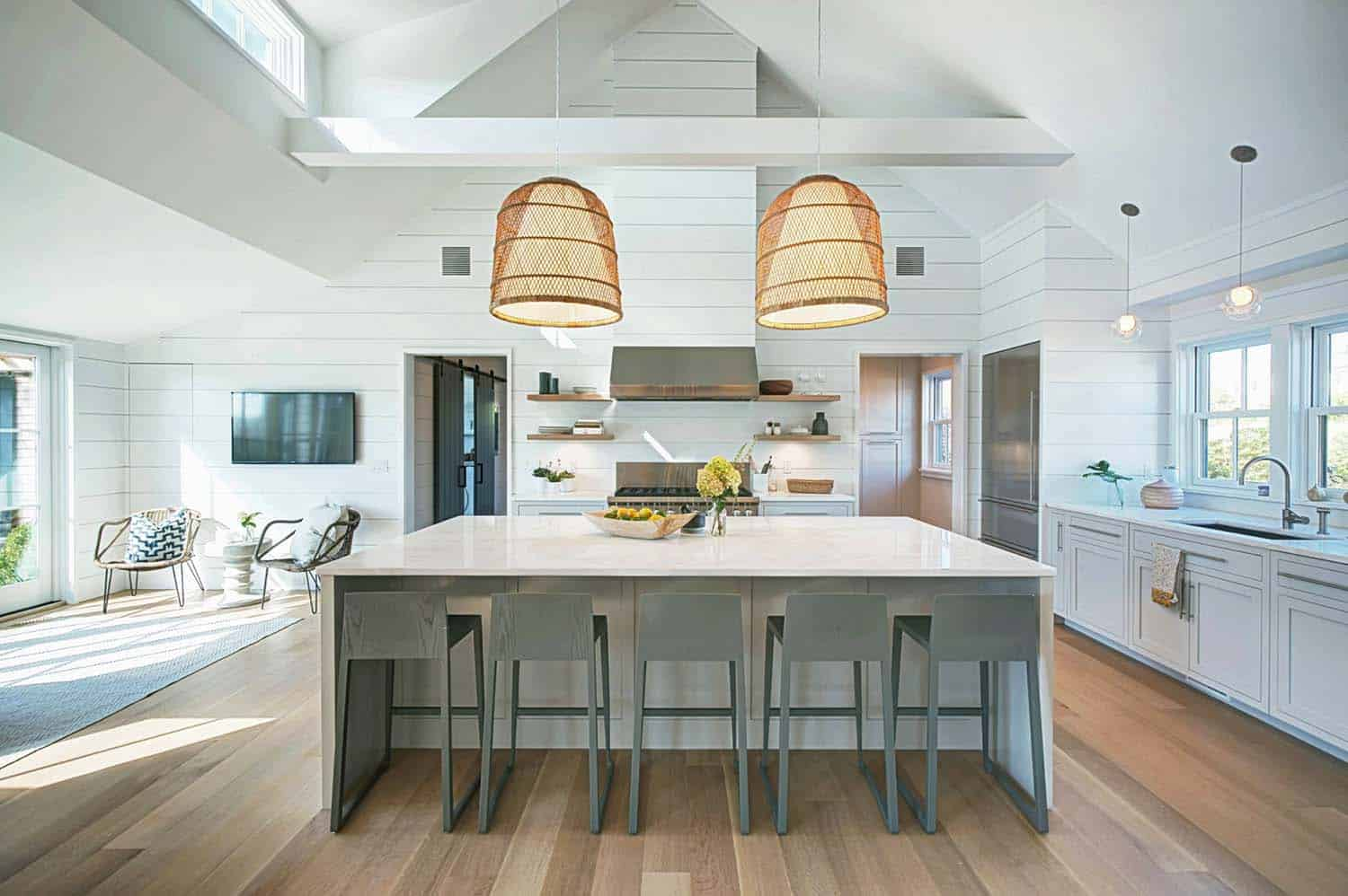 Contemporary Beach House Design-04-1 Kindesign