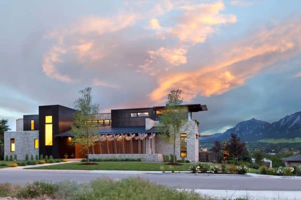 featured posts image for Architecturally striking contemporary alpine residence in Colorado