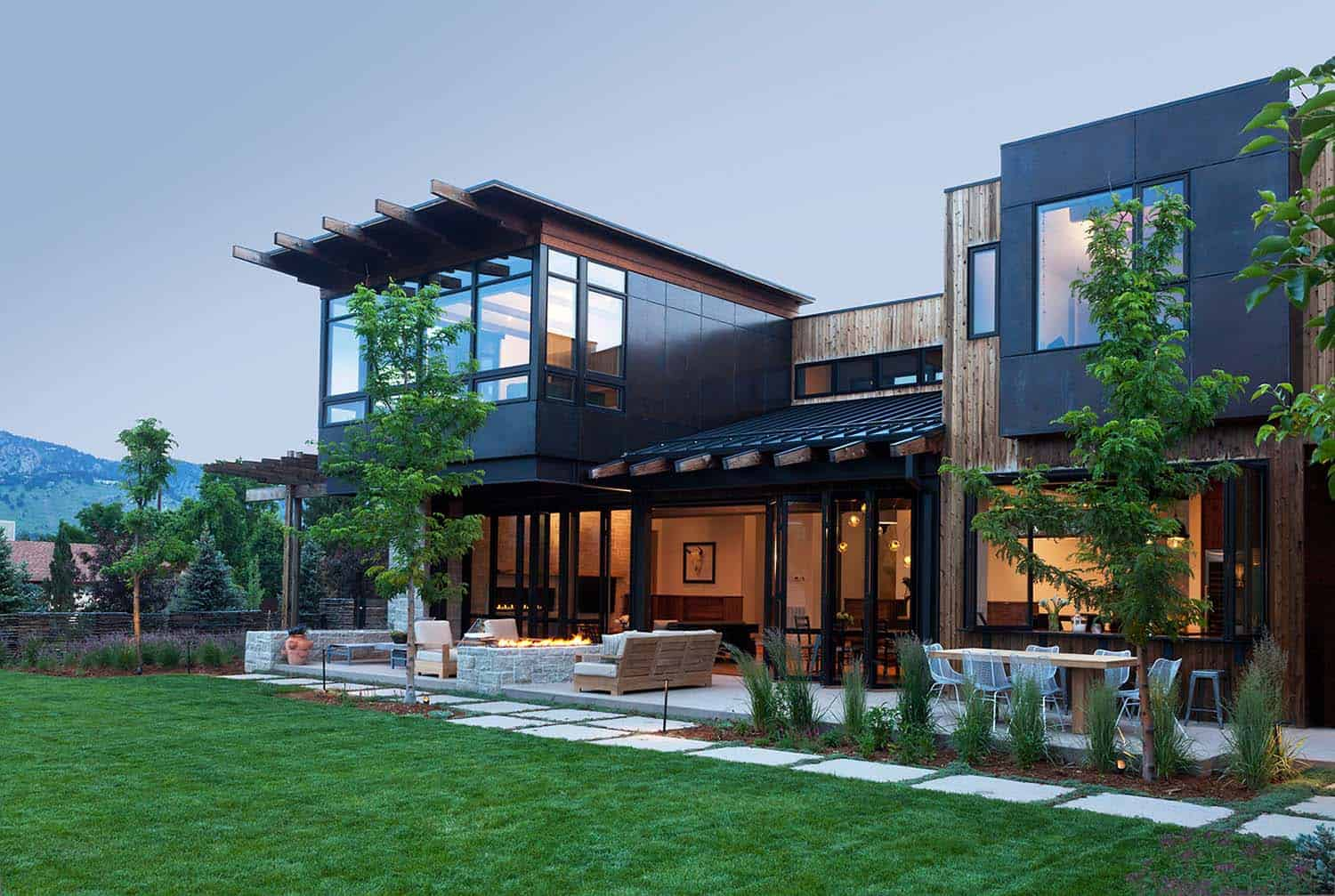 Architecturally striking contemporary alpine residence in for Modern homes colorado