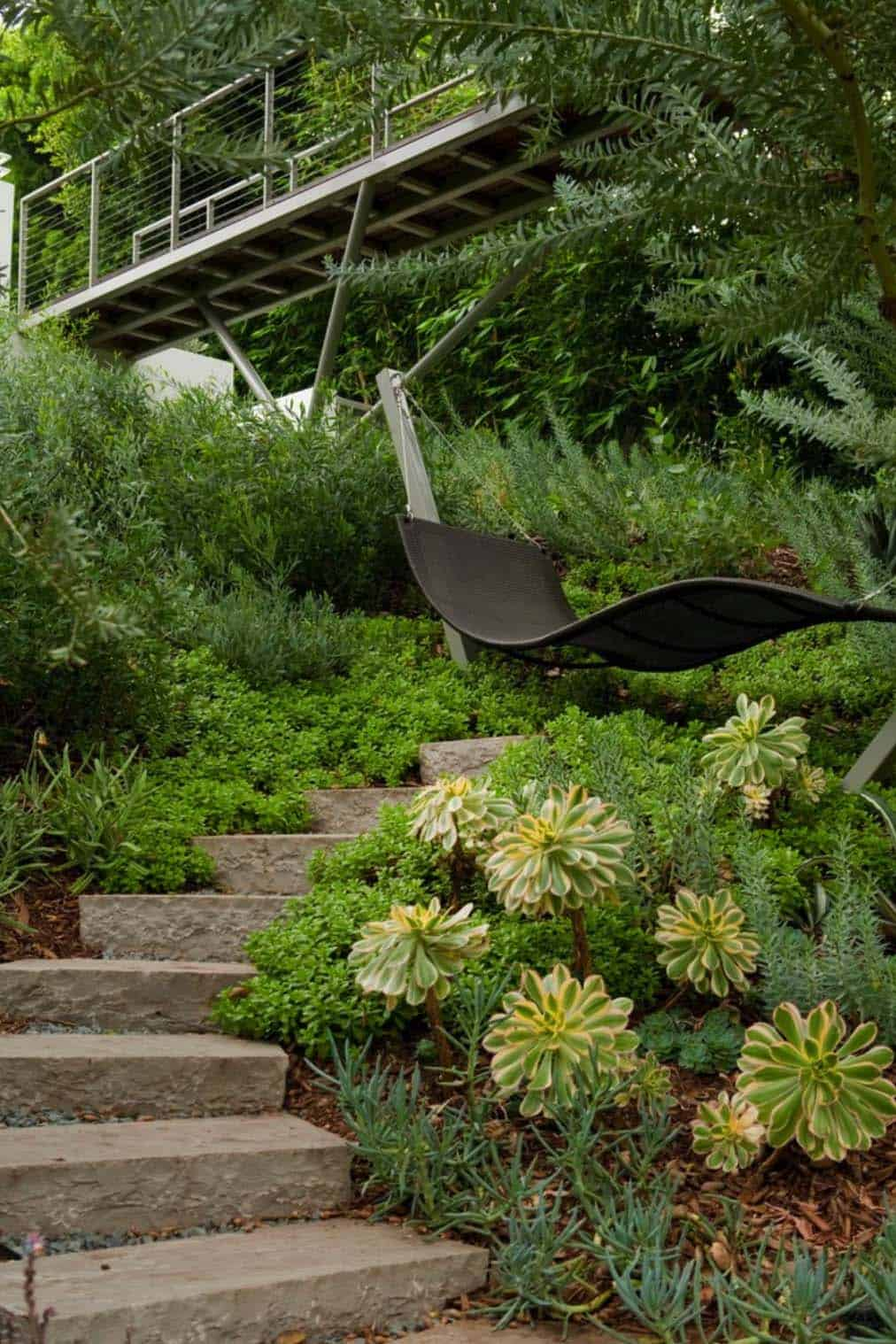 Heavenly Outdoor Hammock Ideas-05-1 Kindesign