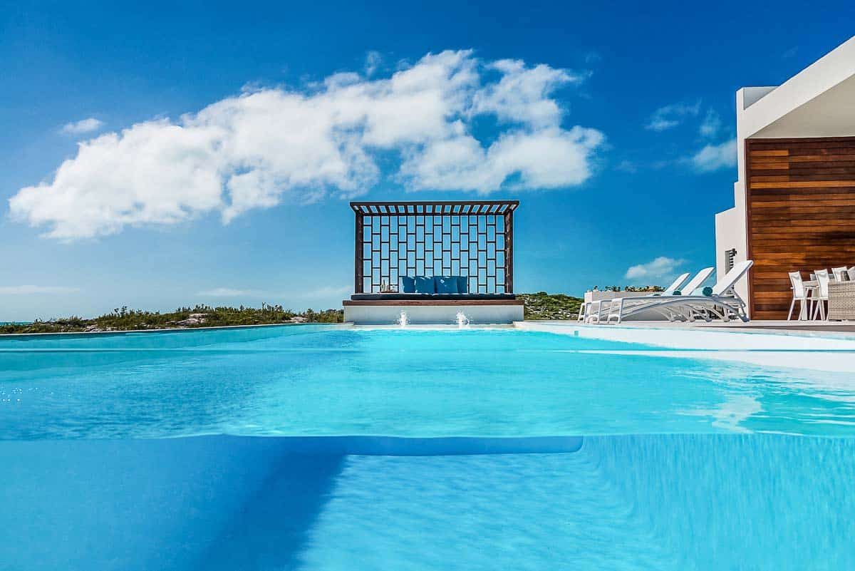 Luxury Vacation Rental Villa-Turks-Caicos-08-1 Kindesign