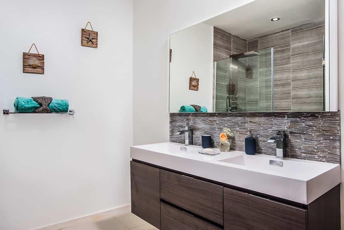 Luxury Vacation Rental Villa-Turks-Caicos-30-1 Kindesign