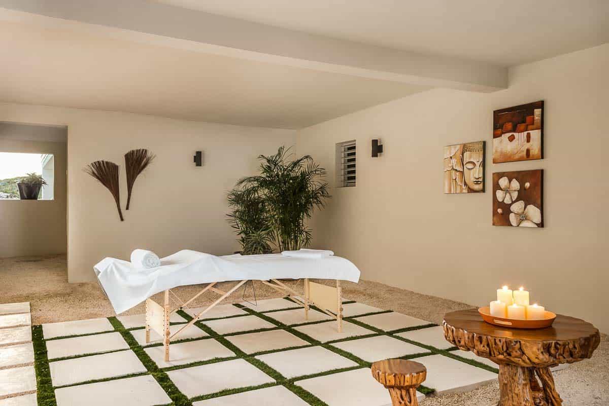 Luxury Vacation Rental Villa-Turks-Caicos-33-1 Kindesign