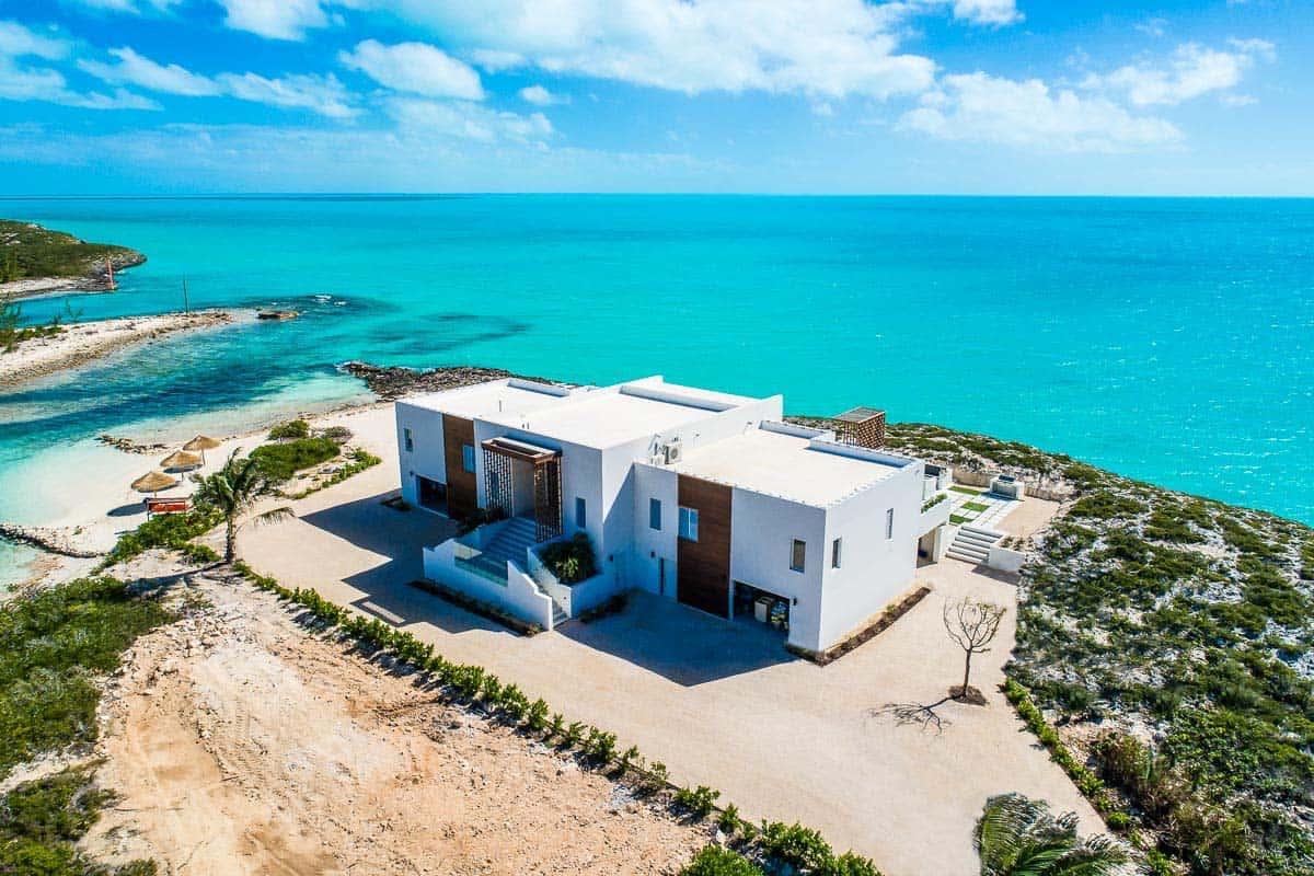Luxury Vacation Rental Villa-Turks-Caicos-37-1 Kindesign