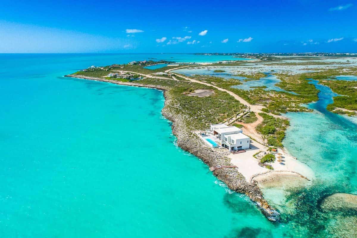 Luxury Vacation Rental Villa-Turks-Caicos-38-1 Kindesign