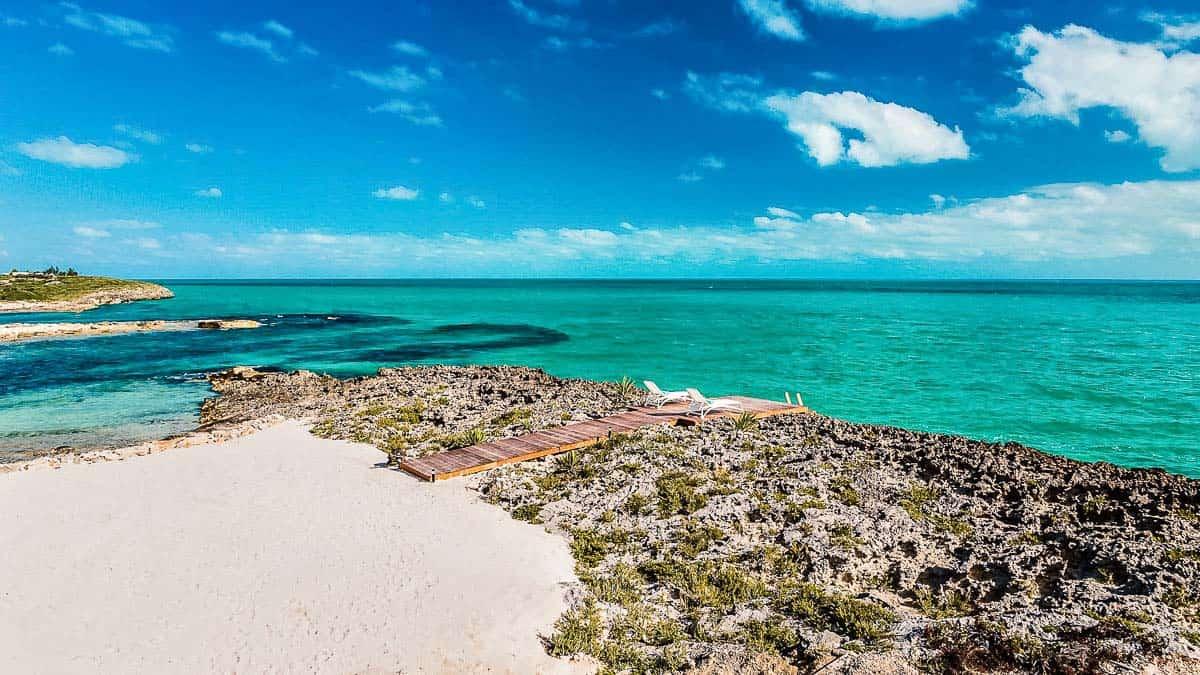 Luxury Vacation Rental Villa-Turks-Caicos-39-1 Kindesign