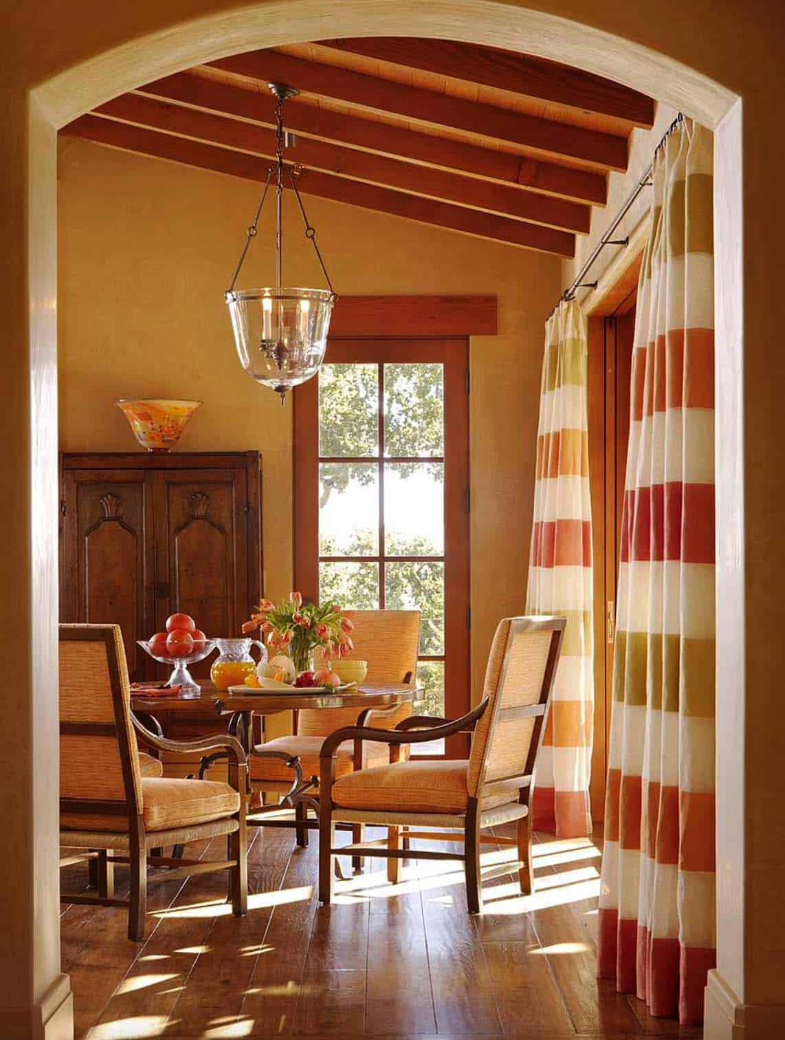 Mediterranean Style Home-Scavullo Design-02-1 Kindesign