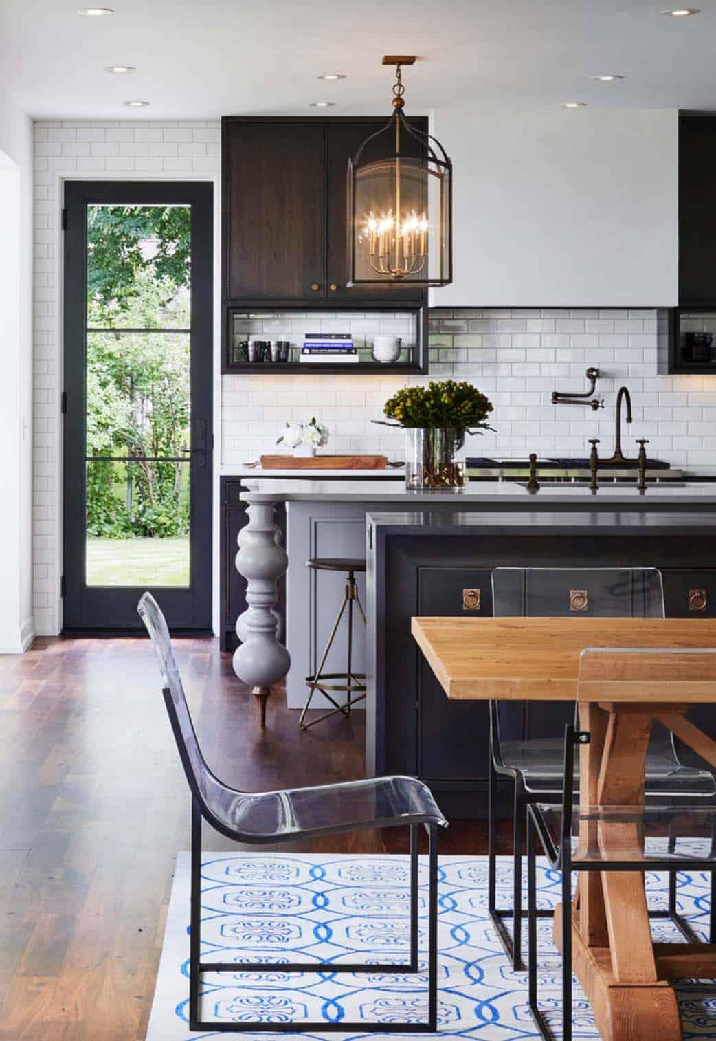 Modern Mediterranean Style Home-12-1 Kindesign