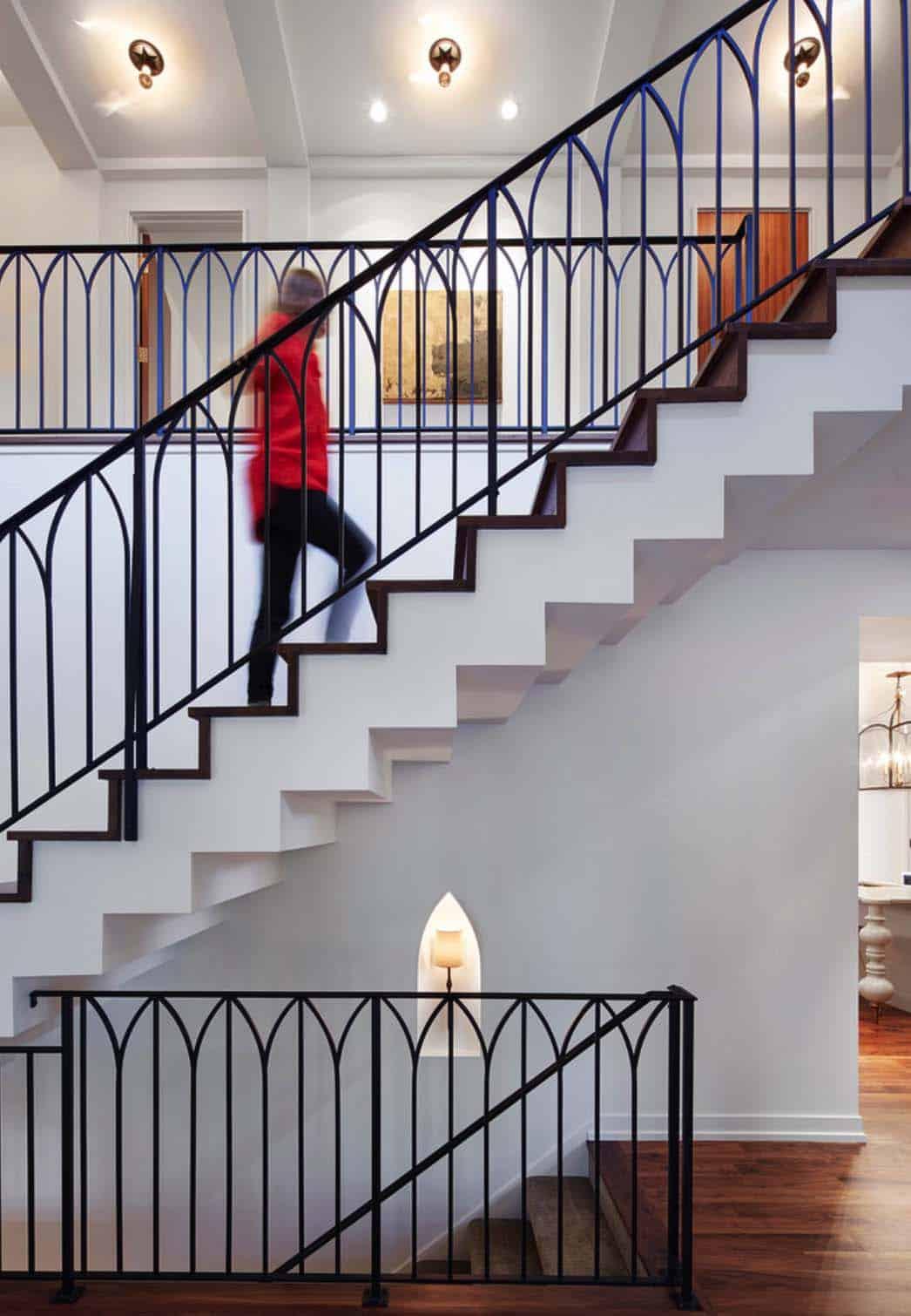 Modern Mediterranean Style Home-18-1 Kindesign