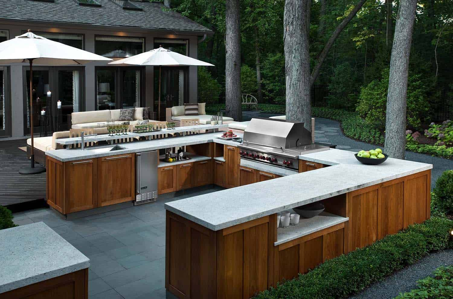 Outdoor kitchen cheap outdoor kitchen ideas hgtv cheap outdoor kitchen ideas for Cheap outdoor kitchen designs