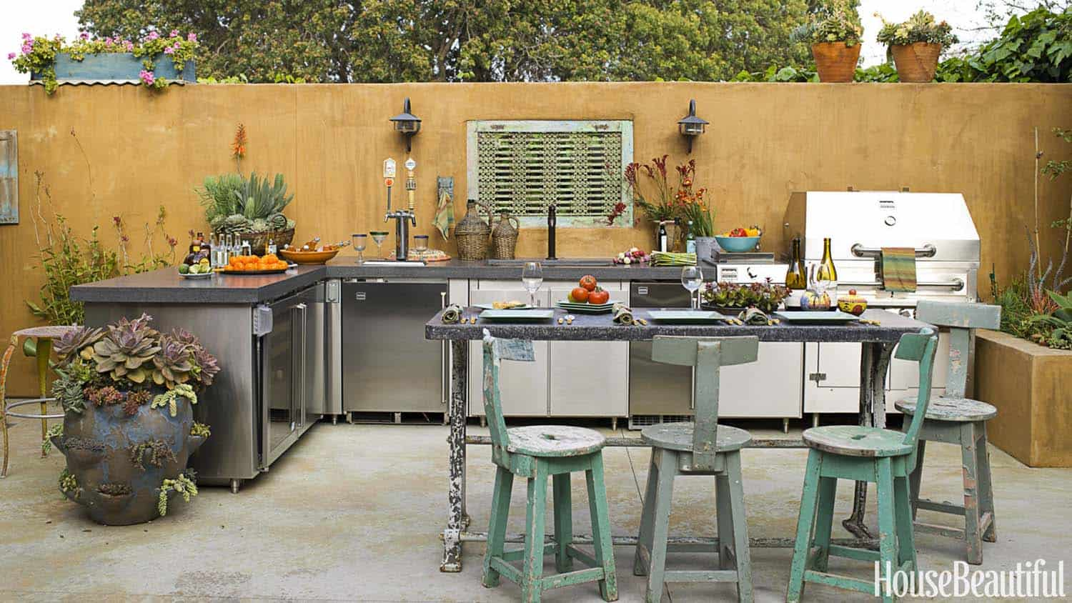 Outdoor Kitchens-Bars Entertaining-24-1 Kindesign.jpg