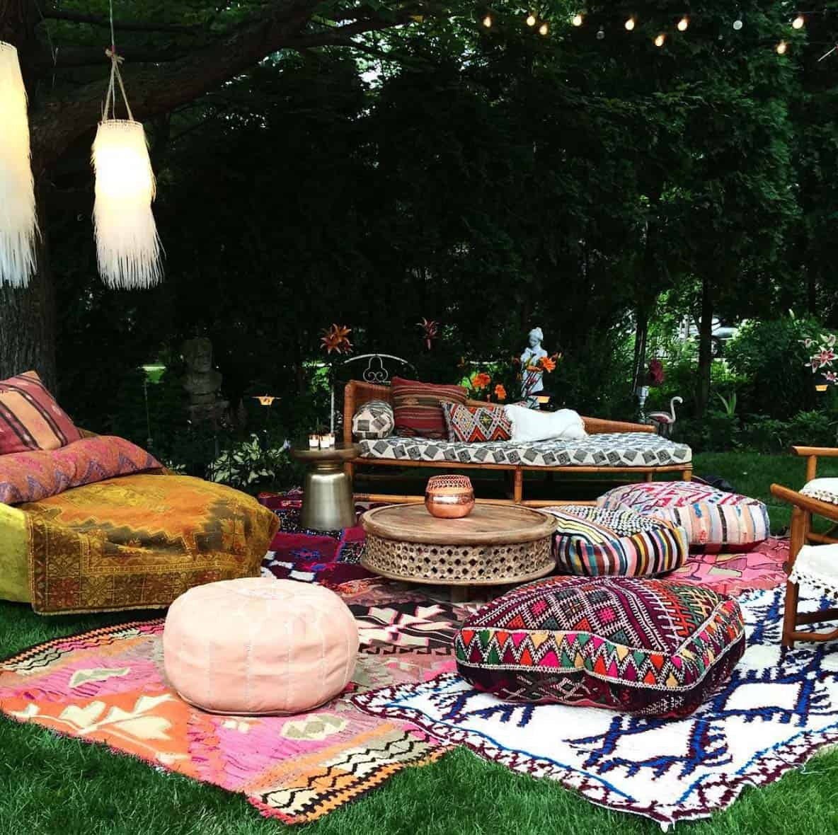 28 absolutely dreamy bohemian garden design ideas. Black Bedroom Furniture Sets. Home Design Ideas