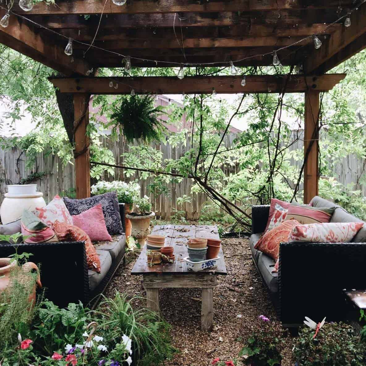 28 absolutely dreamy bohemian garden design ideas for Backyard patio landscaping
