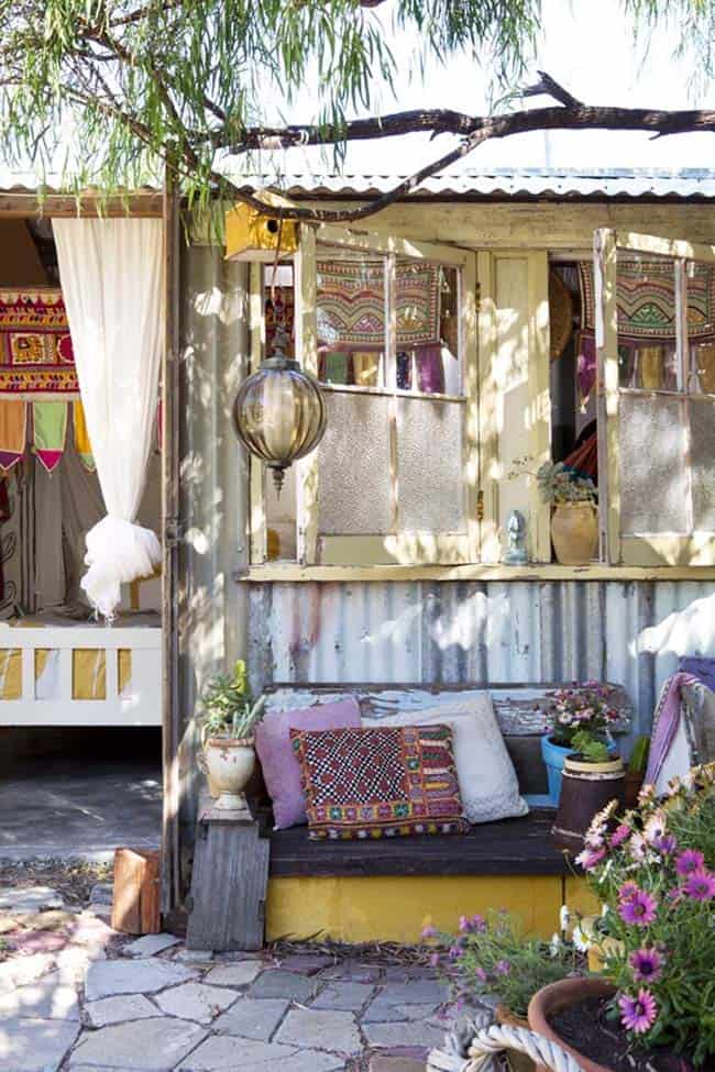 28 Absolutely dreamy Bohemian garden design ideas on Bohemian Patio Ideas id=17514