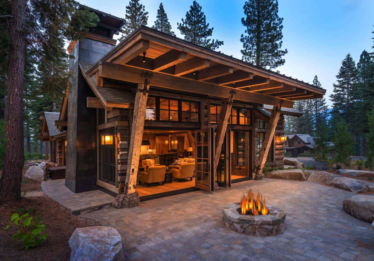 Cozy mountain style cabin getaway in martis camp california for Modern cabin house plans