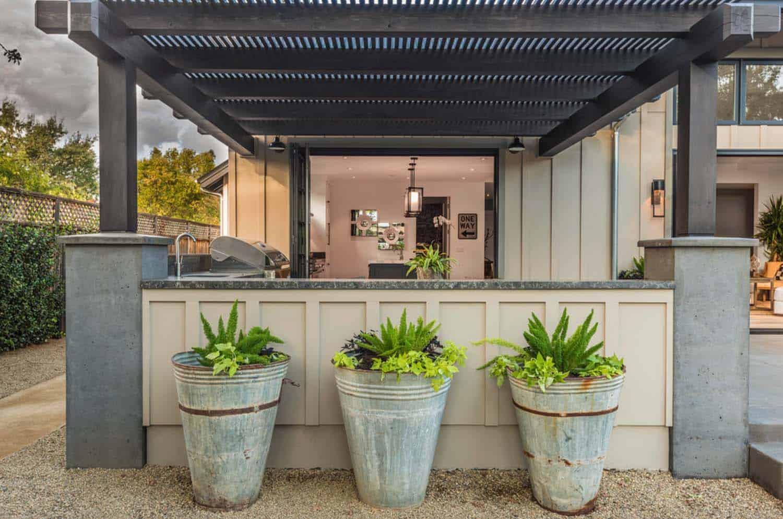 Farmhouse Style Home-Joseph Farrell Architecture-04-1 Kindesign