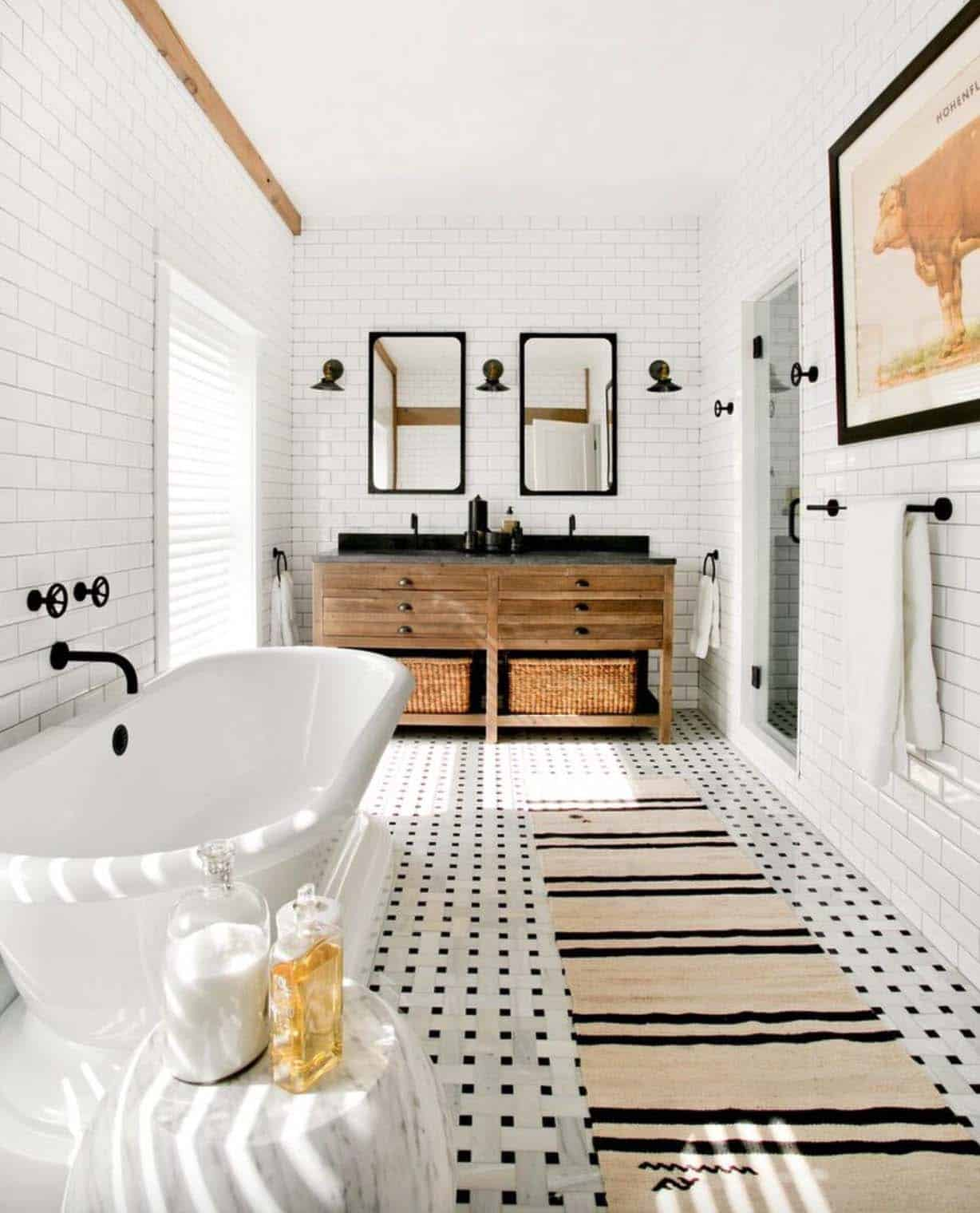 Gorgeous Farmhouse Style Bathrooms-09-1 Kindesign